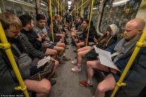 Ημέρα Χωρίς Παντελόνι στο μετρό - Οι «καλύτερες» εμφανίσεις σε όλο τον κόσμο (ΦΩΤΟ) (5)