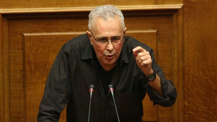 """Κώστας Ζουράρις για το Σκοπιανό: """"Κινούμαι για δημοψήφισμα, αλλά δεν θα φύγω από την κυβέρνηση"""""""