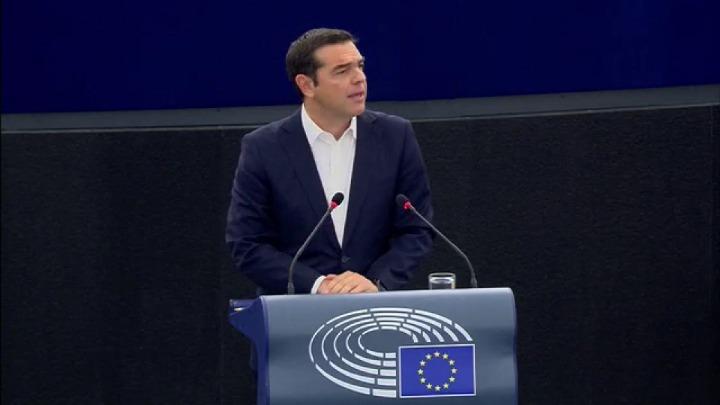 """Αλέξης: """"Καποιοι δεν πίστευαν ότι οι Ελληνες θα τα καταφέρουν""""-Ολομέλεια Ευρωπαϊκού Κοινοβουλίου [BINTEO]"""
