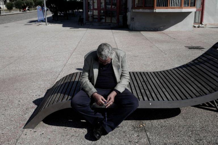Αυξήθηκαν 200% οι Έλληνες που ζήτησαν Ψυχολογική υποστήριξη στην γραμμή 10306