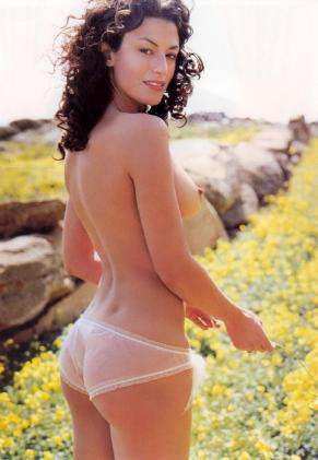 Η Δωροθέα Μερκούρη, η δική μας Bellucci στα πρώτα της γυμνά (ΦΩΤΟ) (11)