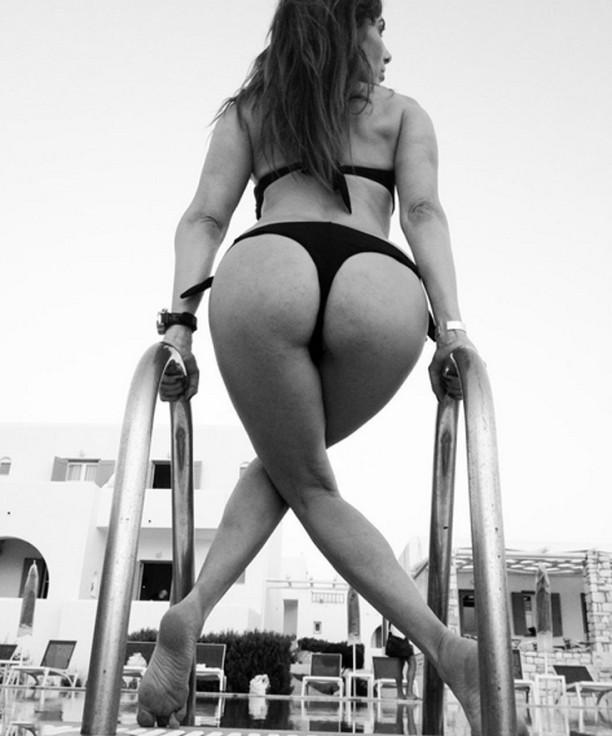 xaralampidoy-kentriki Η Μάγκυ Χαραλαμπίδου δείχνει ασκήσεις για τέλειους γλουτούς (10)