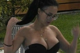 Big Brother Χριστίνα: Η 36χρονη γνωρίζει τα δυνατά της σημεία και έχει συνηθίσει να αναφέρονται οι άλλοι σε αυτά.