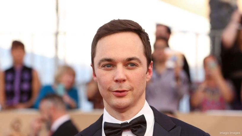 Jim Parsons and Todd Spiewak's Love Story The Big Bang Theory aired its last season in 2019, a show that launched the career of Jim Parsons. Let's take a look at the personal life of this actor. LGBTQ Ζακ lgbtnewsgr Justice4ZakZackie ΛΟΑΤΚΙ