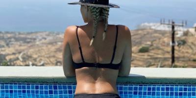 Έλενα Ασημακοπούλου: «Γονάτισε» το Instagram με μία καλοκαιρινή φωτογραφία